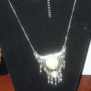 Paparazzi necklace & earring sets